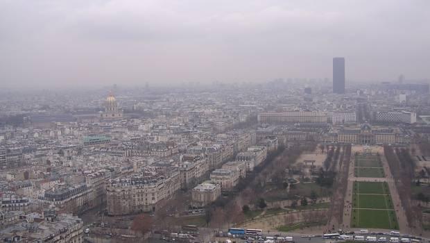 Double impact sur la société française — Pollution de l'air